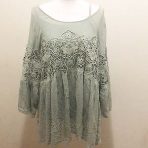 Torrid Green lace boho top with Cami Size 3X